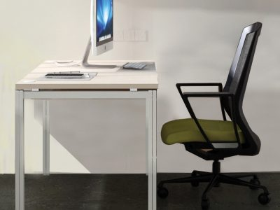 clamen_Desk